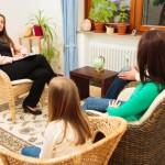Psicoterapia Adultos Responde: ¿Cuál es la diferencia entre consultar por psicoterapia individual y consultar como pareja o familia?